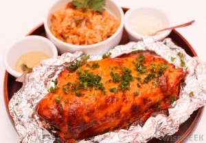 roasted-glazed-meat-on-foil-packet-aluminyumcuyuz