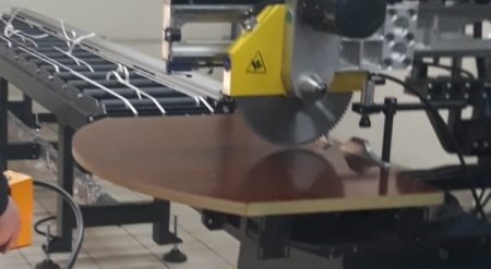 5 Eksen Geniş Aluminyum Profil Kesim Makinesi